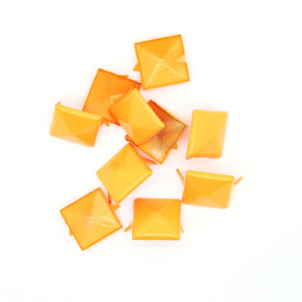 Nagler Pyramide Oransje Metall 10stk